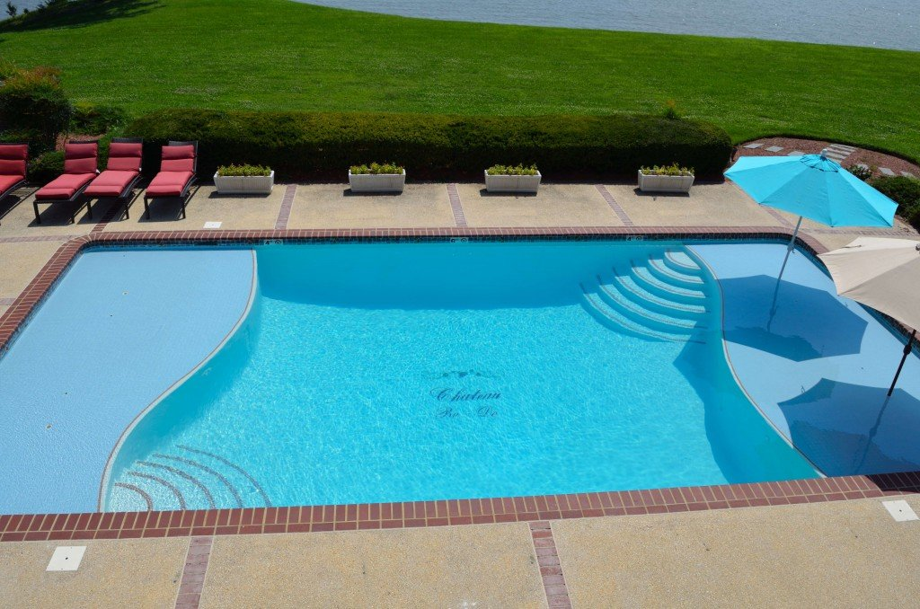 Customize your pool with the name of your property